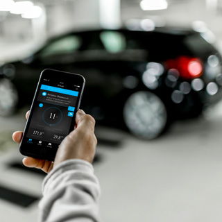 車選びの常識が変わる?仮想現実でEVライフを体験