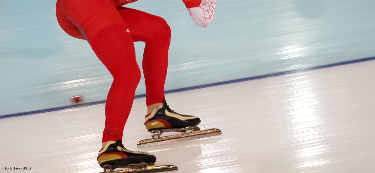 空気抵抗と摩擦抵抗を最小限に!スピードスケートのもう一つの戦い