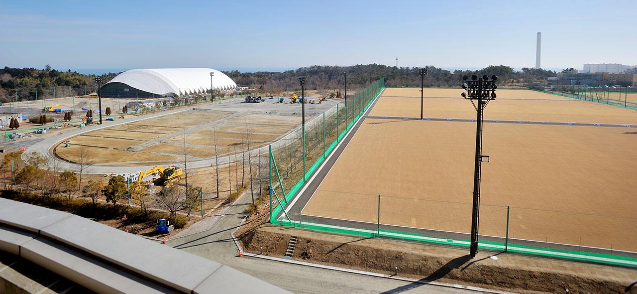 廃炉作業の前線基地をもう一度緑のグラウンドに
