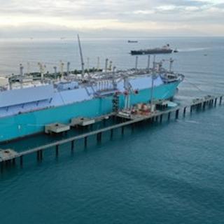 世界初! 商船三井が取り組む洋上での冷熱発電とは?
